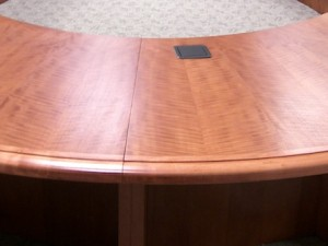 oval-custom-conference-table-wood-celancese